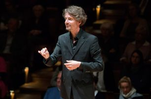 Raphael Haeger conducting - picture 10 - Monika Rittershaus